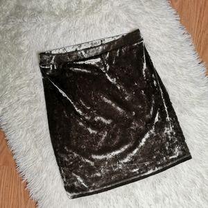 Shiny soft skirt